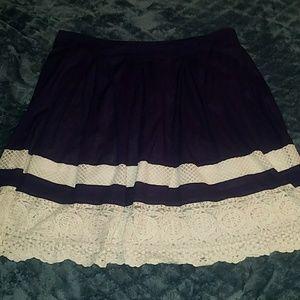 LOFT Navy/Cream Skirt Sz XL